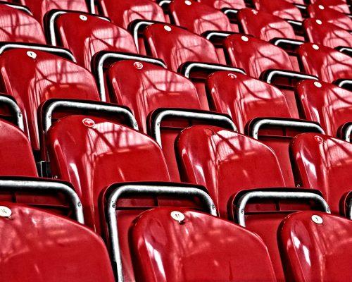 grandstand-3234827_1920-500x400